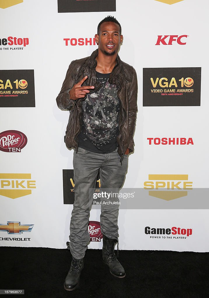 Actor <a gi-track='captionPersonalityLinkClicked' href=/galleries/search?phrase=Marlon+Wayans&family=editorial&specificpeople=203226 ng-click='$event.stopPropagation()'>Marlon Wayans</a> attends Spike TV's 10th Annual Video Game Awards at Sony Pictures Studios on December 7, 2012 in Culver City, California.