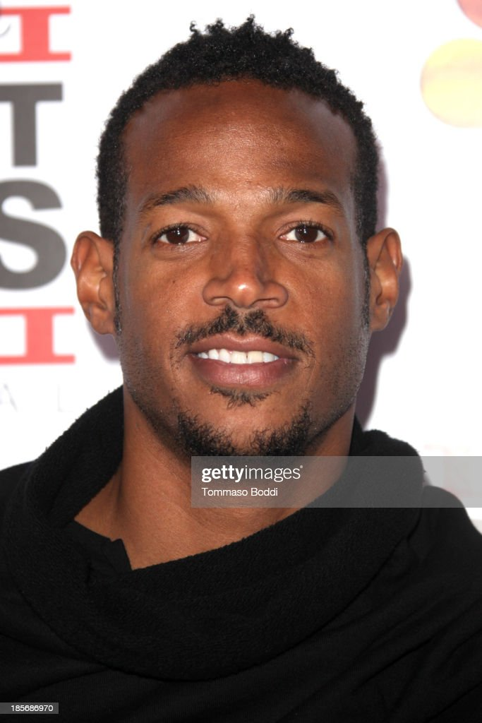 Actor <a gi-track='captionPersonalityLinkClicked' href=/galleries/search?phrase=Marlon+Wayans&family=editorial&specificpeople=203226 ng-click='$event.stopPropagation()'>Marlon Wayans</a> attends the NBCUniversal's 8th annual 'Short Cuts Festival' grand finale held at DGA Theater on October 23, 2013 in Los Angeles, California.