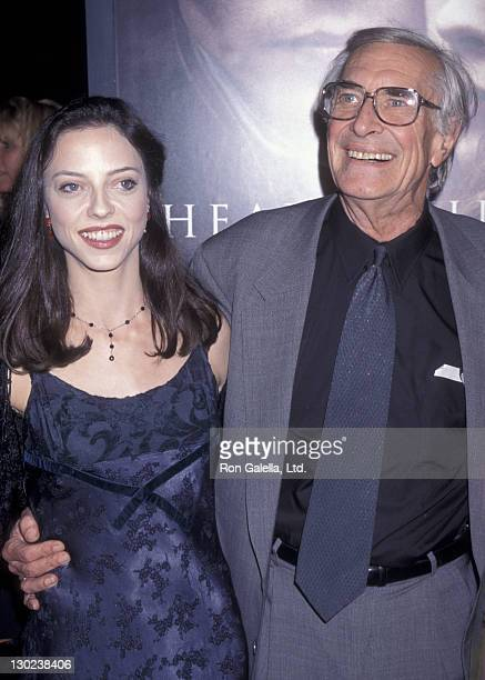 Actor Martin Landau and daughter Juliet Landau attend the premiere of 'Sleep Hollow' on November 17 1999 at Mann Chinese Theater in Hollywood...