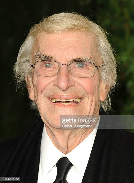 Actor Martin Landau arrives at the 2012 Vanity Fair Oscar Party hosted by Graydon Carter at Sunset Tower on February 26 2012 in West Hollywood...