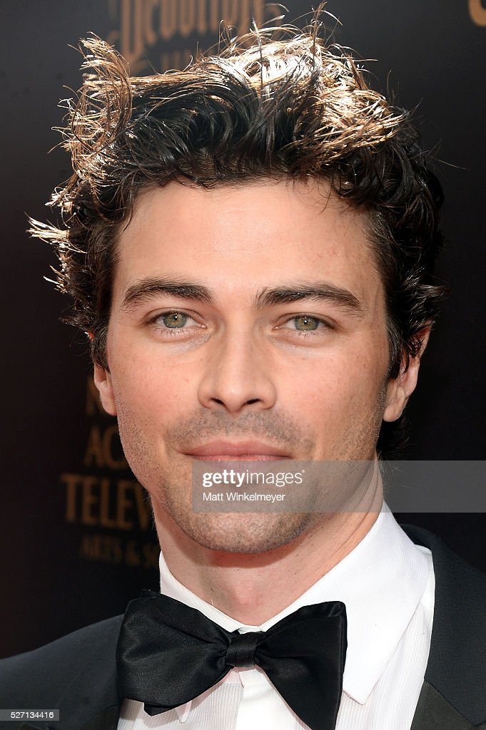 Actor <a gi-track='captionPersonalityLinkClicked' href=/galleries/search?phrase=Matt+Cohen&family=editorial&specificpeople=2131319 ng-click='$event.stopPropagation()'>Matt Cohen</a> walks the red carpet at the 43rd Annual Daytime Emmy Awards at the Westin Bonaventure Hotel on May 1, 2016 in Los Angeles, California.