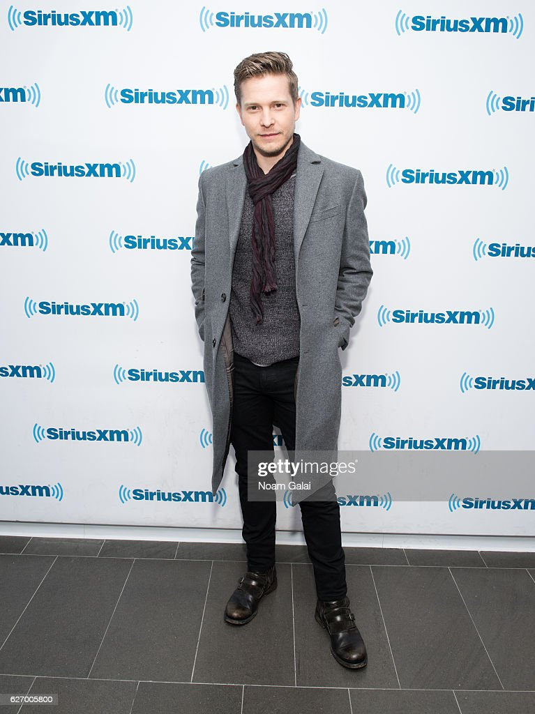 Actor Matt Czuchry visits the SiriusXM Studio on December 1, 2016 in New York City.