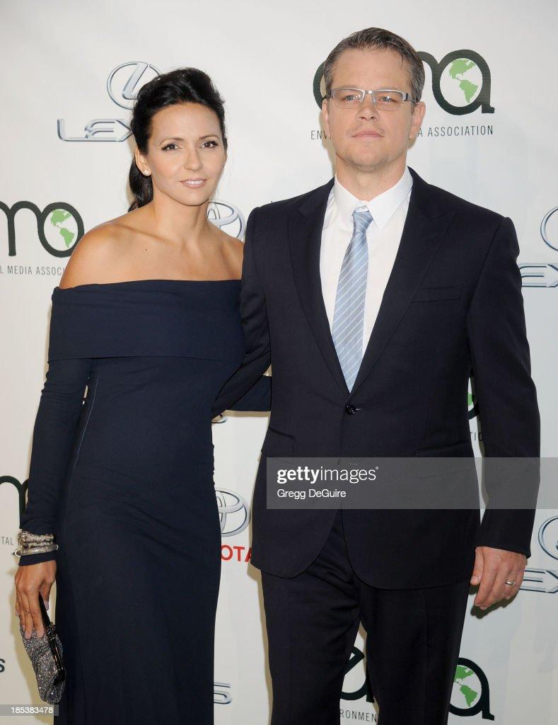 Actor Matt Damon (R) and wfie Luciana Damon arrive at the 2013 Environmental Media Awards at Warner Bros. Studios on October 19, 2013 in Burbank, California.