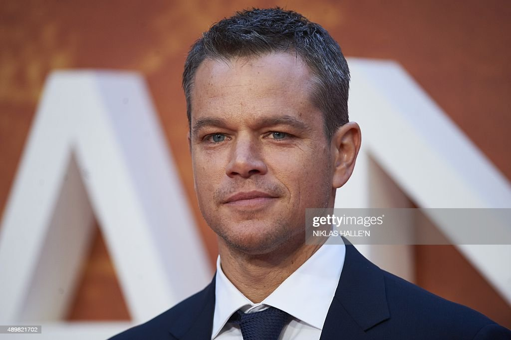US actor <a gi-track='captionPersonalityLinkClicked' href=/galleries/search?phrase=Matt+Damon&family=editorial&specificpeople=202093 ng-click='$event.stopPropagation()'>Matt Damon</a> poses for photographers as he arrives for the European premiere of 'The Martian' in London's Leicester square on September 24, 2015. AFP PHOTO / NIKLAS HALLE'N