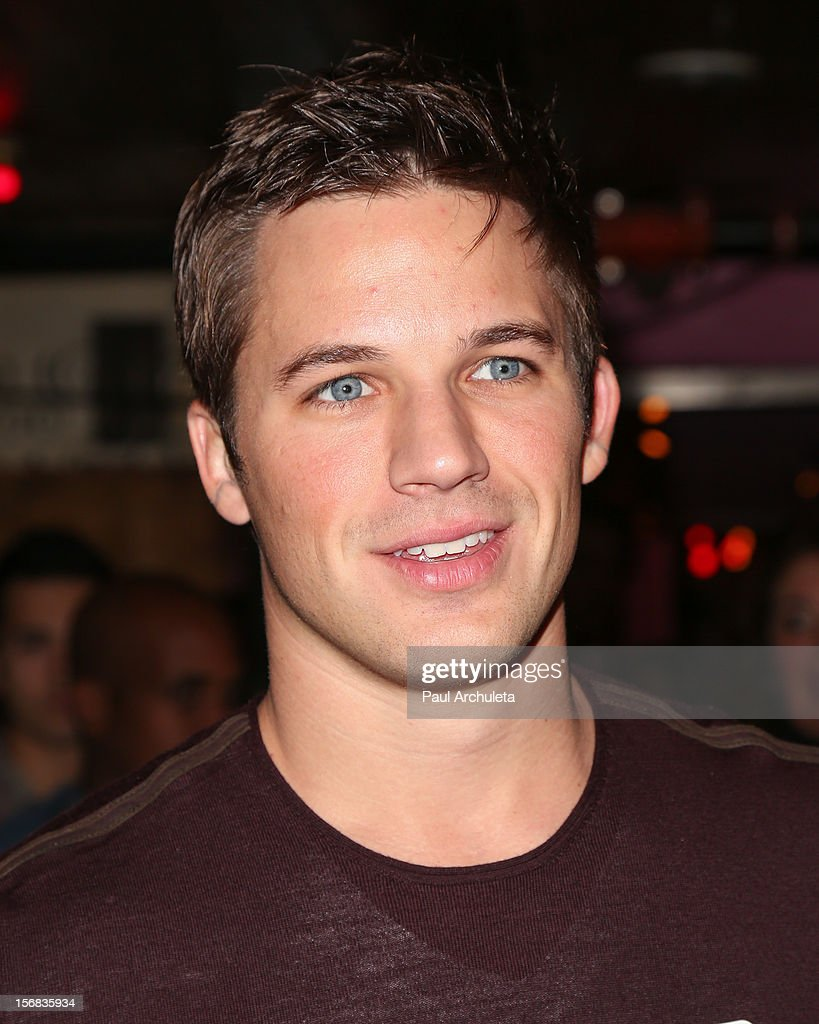 Actor <a gi-track='captionPersonalityLinkClicked' href=/galleries/search?phrase=Matt+Lanter&family=editorial&specificpeople=585848 ng-click='$event.stopPropagation()'>Matt Lanter</a> attends PATH's 4th Annual Thanksgiving Meal at Pink Taco on November 22, 2012 in Los Angeles, California.