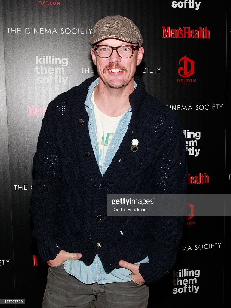 Actor Matthew Lillard attends a screening of The Weinstein Company's 'Killing Them Softly' hosted by The Cinema Society with Men's Health and DeLeon at SVA Theatre on November 26, 2012 in New York City.