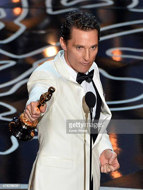 Actor Matthew McConaughey accepts the Best Performance by an Actor in a Leading Role award for 'Dallas Buyers Club' onstage during the Oscars at the...