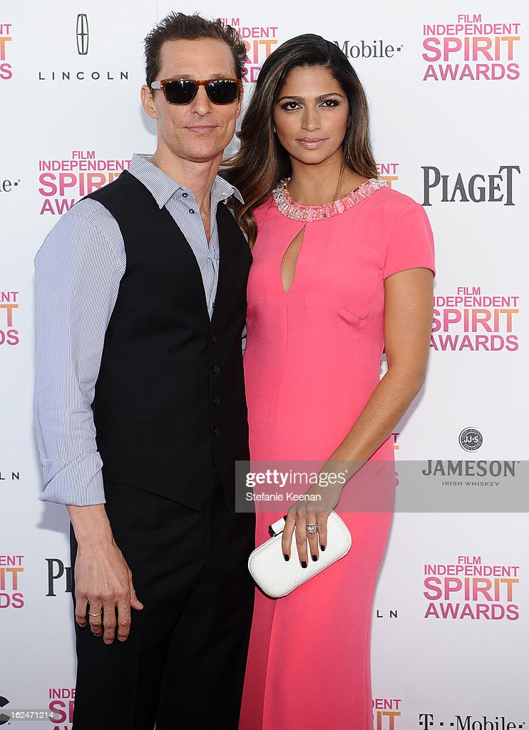 Actor <a gi-track='captionPersonalityLinkClicked' href=/galleries/search?phrase=Matthew+McConaughey&family=editorial&specificpeople=201663 ng-click='$event.stopPropagation()'>Matthew McConaughey</a> and model <a gi-track='captionPersonalityLinkClicked' href=/galleries/search?phrase=Camila+Alves&family=editorial&specificpeople=4501431 ng-click='$event.stopPropagation()'>Camila Alves</a> arrive at The 2013 Film Independent Spirit Awards on February 23, 2013 in Santa Monica, California.