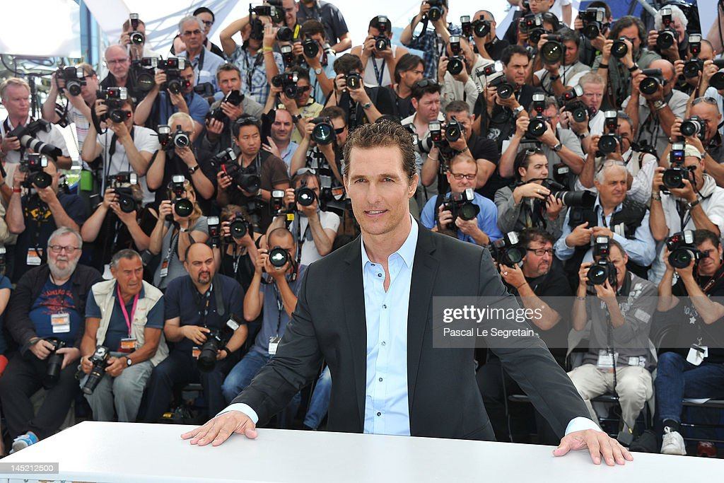 Actor <a gi-track='captionPersonalityLinkClicked' href=/galleries/search?phrase=Matthew+McConaughey&family=editorial&specificpeople=201663 ng-click='$event.stopPropagation()'>Matthew McConaughey</a> attends the 'The Paperboy' photocall during the 65th Annual Cannes Film Festival at Palais des Festivals on May 24, 2012 in Cannes, France.