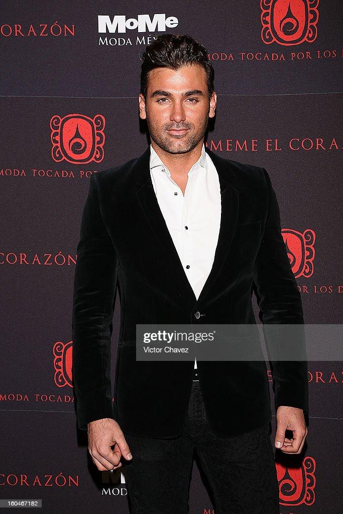 Actor Mauricio Mejia attends the Comeme El corazon Moda Tocada Por Los Dioses event at Estacion Indianilla on January 31, 2013 in Mexico City, Mexico.