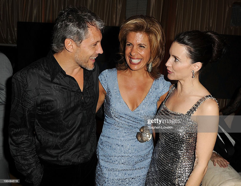 Actor Max Ryan, TV personality Hoda Kotb, and actress Kristin Davis attend the after party following the premiere of 'Sex and the City 2'>at Lincoln Center for the Performing Arts on May 24, 2010 in New York City.