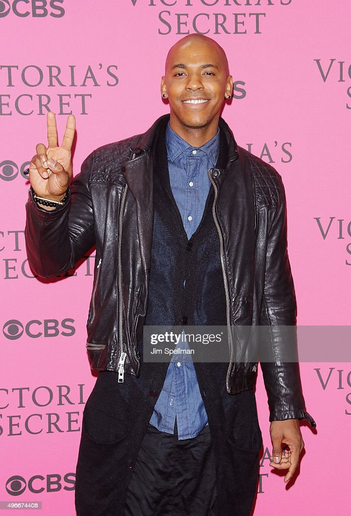 Actor Mehcad Brooks attends the 2015 Victoria's Secret Fashion Show pink carpet arrivals at Lexington Armory on November 10, 2015 in New York City.