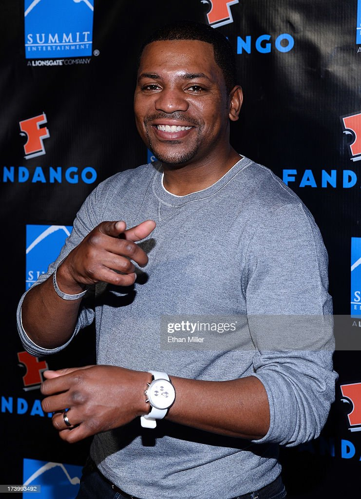 Actor <a gi-track='captionPersonalityLinkClicked' href=/galleries/search?phrase=Mekhi+Phifer&family=editorial&specificpeople=213382 ng-click='$event.stopPropagation()'>Mekhi Phifer</a> arrives at Summit Entertainment's press event for the movies 'Ender's Game' and 'Divergent' at the Hard Rock Hotel San Diego on July 18, 2013 in San Diego, California.