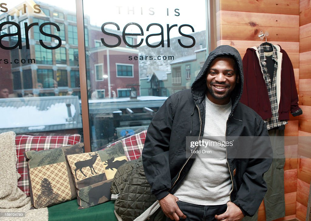 Actor <a gi-track='captionPersonalityLinkClicked' href=/galleries/search?phrase=Mekhi+Phifer&family=editorial&specificpeople=213382 ng-click='$event.stopPropagation()'>Mekhi Phifer</a> attends Sears Shop Your Way Digital Recharge Lounge on January 18, 2013 in Park City, Utah.