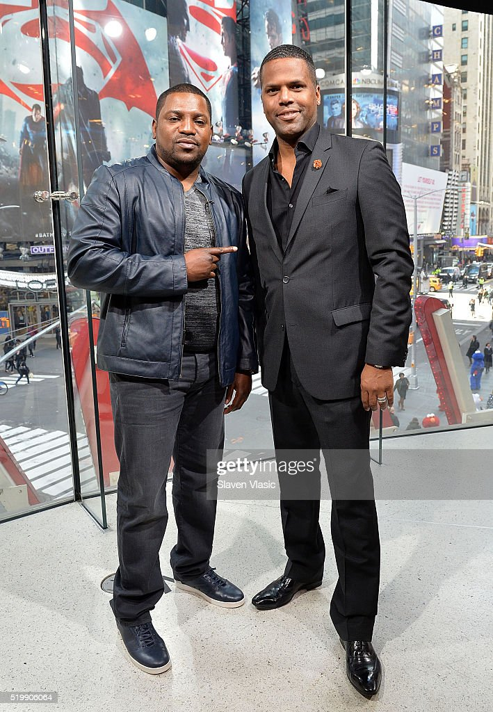 Actor Mekhi Phifer (L) talks to host AJ Calloway at 'Extra' at H&M Times Square on April 8, 2016 in New York City.