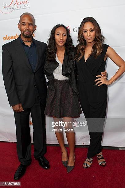 Actor Michael Boatman actress Sydney Park and actress Tia MowryHardrict attend the 23rd Annual HIV/AIDS benefit concert DIVAS Simply Singing at Club...