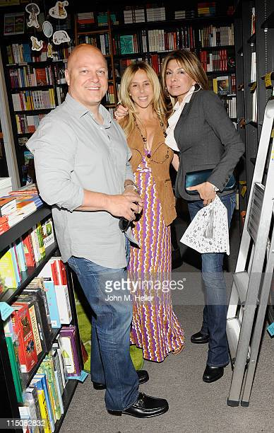 Actor Michael Chiklis actress Michelle Moran and Lee Bell attend the book signing for 'The Best Thing About My Ass is That It's Behind Me' by Lisa...
