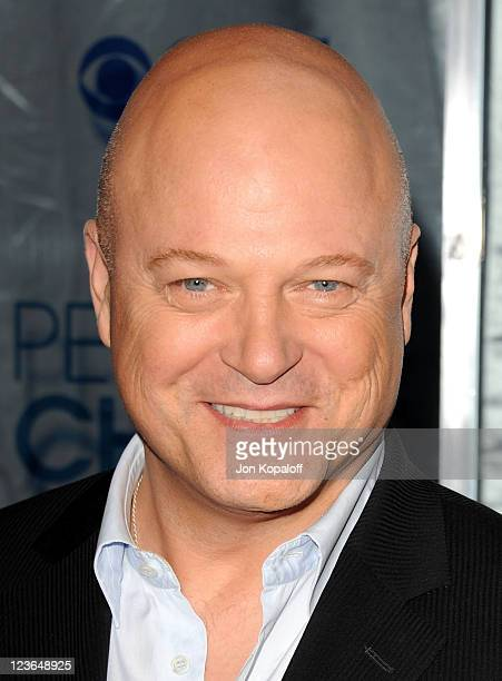 Actor Michael Chiklis arrives at the 2011 People's Choice Awards at Nokia Theatre LA Live on January 5 2011 in Los Angeles California
