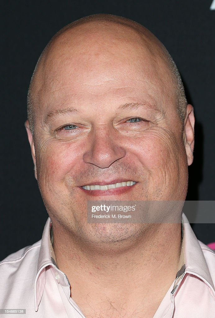 Actor <a gi-track='captionPersonalityLinkClicked' href=/galleries/search?phrase=Michael+Chiklis&family=editorial&specificpeople=239514 ng-click='$event.stopPropagation()'>Michael Chiklis</a> attends Elyse Walker Presents The Eighth Annual Pink Party Hosted By Michelle Pfeiffer To Benefit Cedars-Sinai Women's Cancer Program at Barkar Hangar Santa Monica Airport on October 27, 2012 in Santa Monica, California.