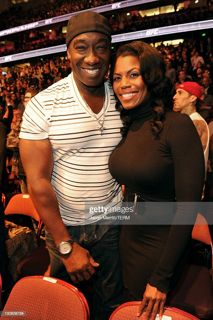 Actor Michael Clarke Duncan (L) and TV personality Omarosa Manigault Stallworth attend UFC on Fox: Live Heavyweight Championship at the Honda Center on November 12, 2011 in Anaheim, California.