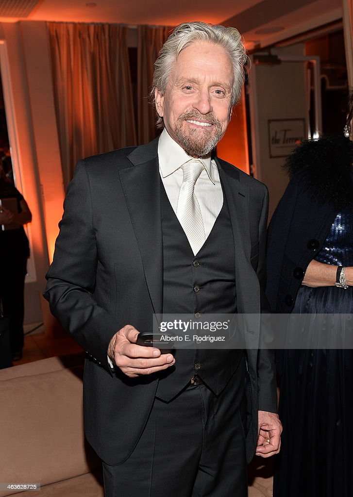 Actor <a gi-track='captionPersonalityLinkClicked' href=/galleries/search?phrase=Michael+Douglas&family=editorial&specificpeople=171111 ng-click='$event.stopPropagation()'>Michael Douglas</a> attends the Weinstein Company & Netflix's 2014 SAG after party in partnership with Laura Mercier at Sunset Tower on January 18, 2014 in West Hollywood, California.