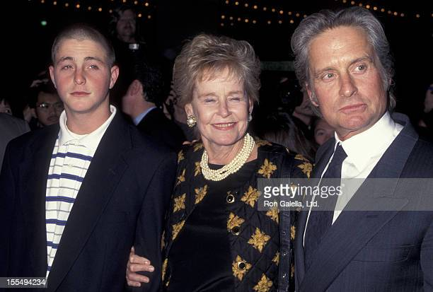Actor Michael Douglas mother Anne Douglas and son Camerson Douglas attend The American President on November 14 1995 at the Cineplex Odeon Cinema in...