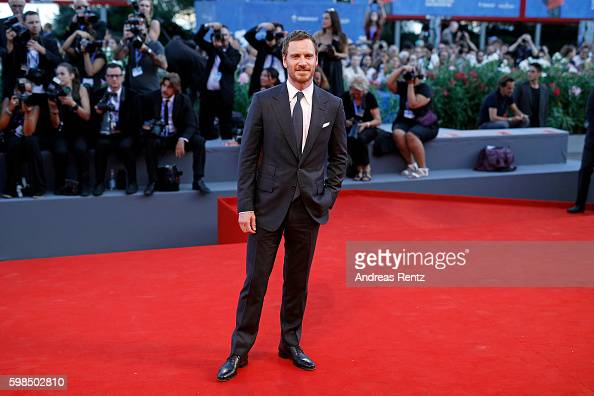 actor-michael-fassbender-attends-the-premiere-of-the-light-between-picture-id598502810