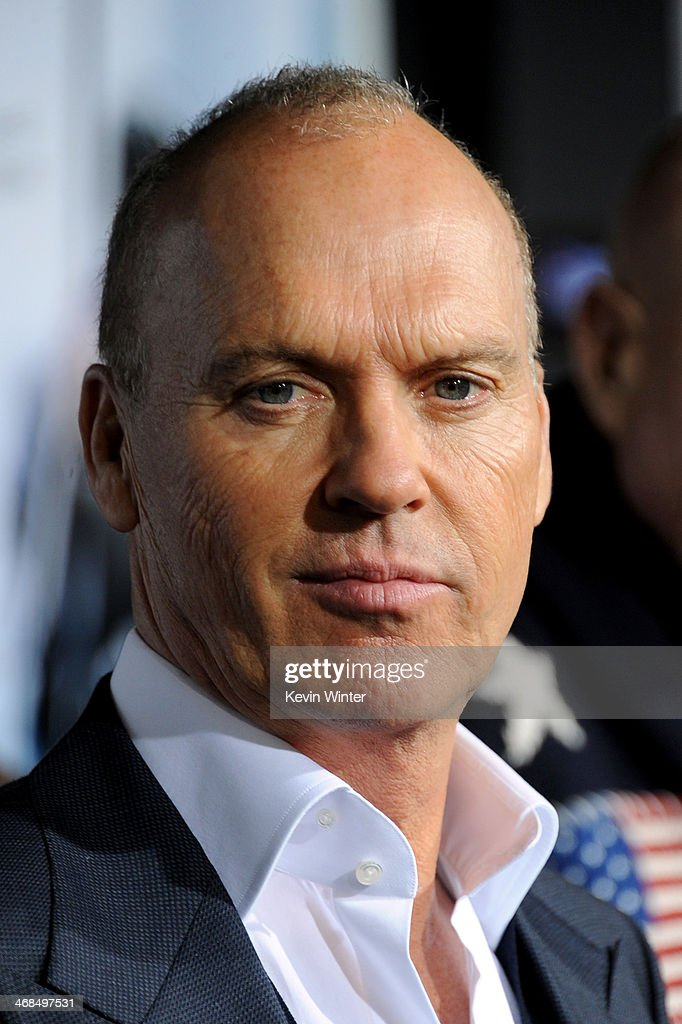 Actor <a gi-track='captionPersonalityLinkClicked' href=/galleries/search?phrase=Michael+Keaton&family=editorial&specificpeople=206869 ng-click='$event.stopPropagation()'>Michael Keaton</a> arrives at the premiere of Columbia Pictures' 'Robocop' at TCL Chinese Theatre on February 10, 2014 in Hollywood, California.