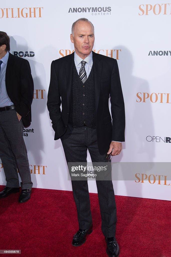 Actor Michael Keaton attends the 'Spotlight' New York premiere at Ziegfeld Theater on October 27, 2015 in New York City.