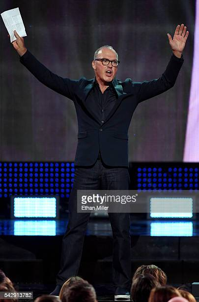 Actor Michael Keaton presents the Hart Trophy during the 2016 NHL Awards at The Joint inside the Hard Rock Hotel Casino on June 22 2016 in Las Vegas...