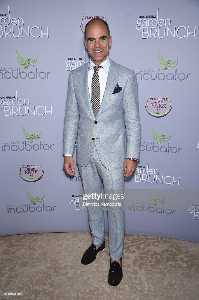 Actor <a gi-track='captionPersonalityLinkClicked' href=/galleries/search?phrase=Michael+Kelly+-+Actor&family=editorial&specificpeople=4604075 ng-click='$event.stopPropagation()'>Michael Kelly</a> attends the Garden Brunch prior to the 102nd White House Correspondents' Association Dinner at the Beall-Washington House on April 30, 2016 in Washington, DC.
