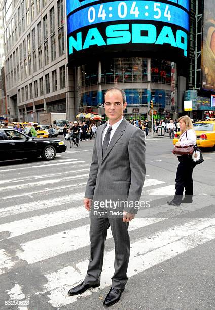 Actor Michael Kelly poses after participating in the ringing of the NASDAQ stock market closing bell on October 13 2008 in New York City