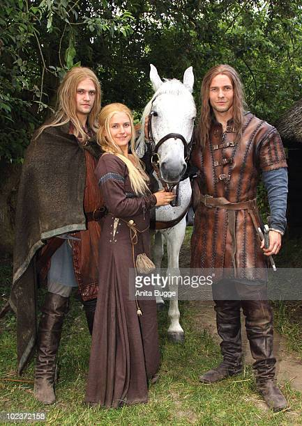 Actor Michael Steinocher actress Jeanette Biedermann and actor Bert Tischendorf pose for the press during a photocall for the historical drama TV...