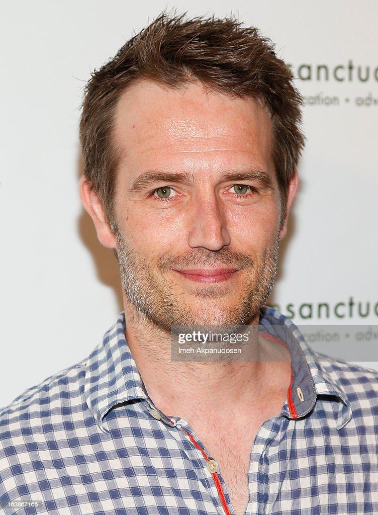 Actor Michael Vartan attends the Fun For Animals Celebrity Poker Tournament & Cocktail Party at Petersen Automotive Museum on March 16, 2013 in Los Angeles, California.