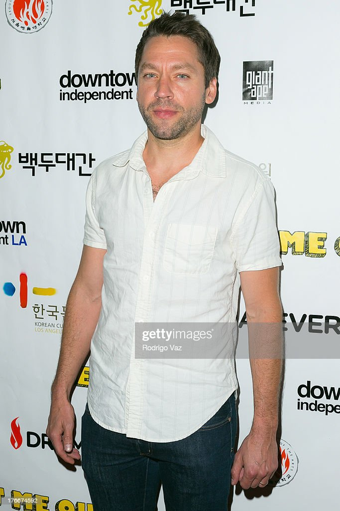 Actor <a gi-track='captionPersonalityLinkClicked' href=/galleries/search?phrase=Michael+Weston&family=editorial&specificpeople=1366511 ng-click='$event.stopPropagation()'>Michael Weston</a> attends 'Let Me Out' Los Angeles Premiere at Downtown Independent Theatre on August 16, 2013 in Los Angeles, California.