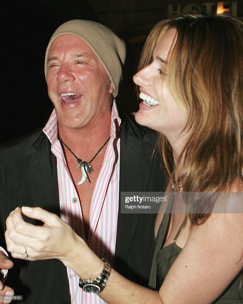 actor-mickey-rourke-an...
