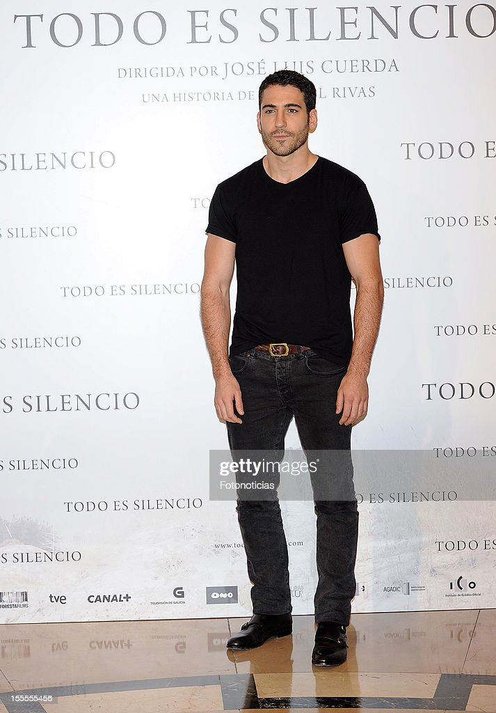 Actor Miguel Angel Silvestre attends a photocall for 'Todo Es Silencio' at the Palafox cinema on November 5, 2012 in Madrid, Spain.