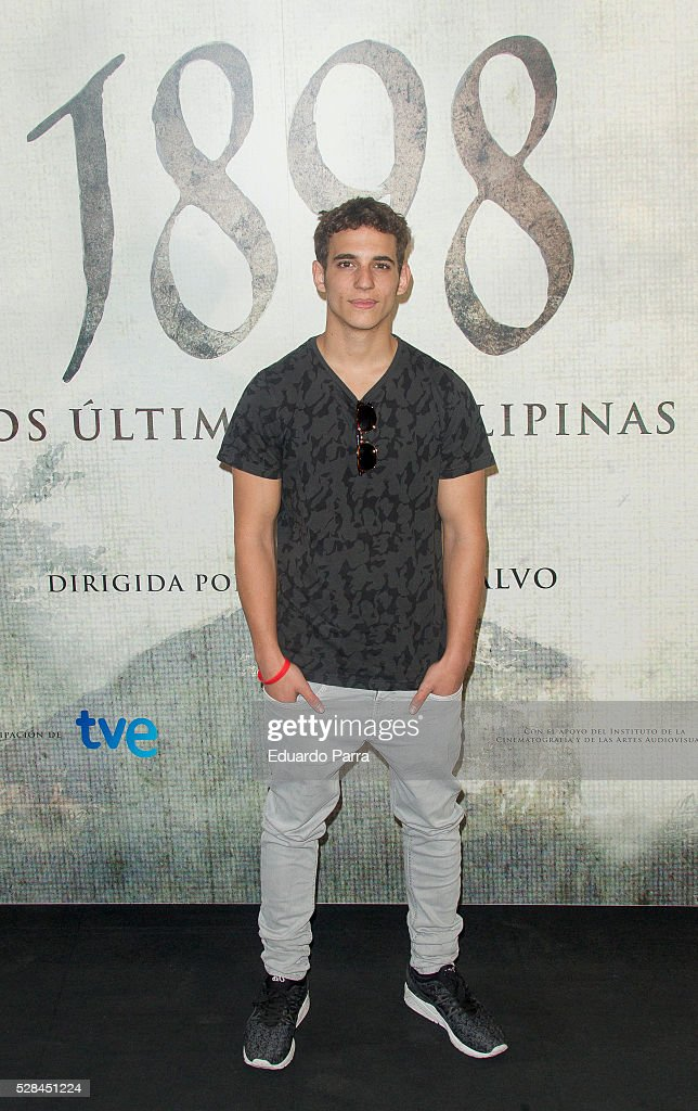 Actor Miguel Herran attends the '1898 Los ultimos de Filiponas' photocall at Oscar hotel on May 05, 2016 in Madrid, Spain.
