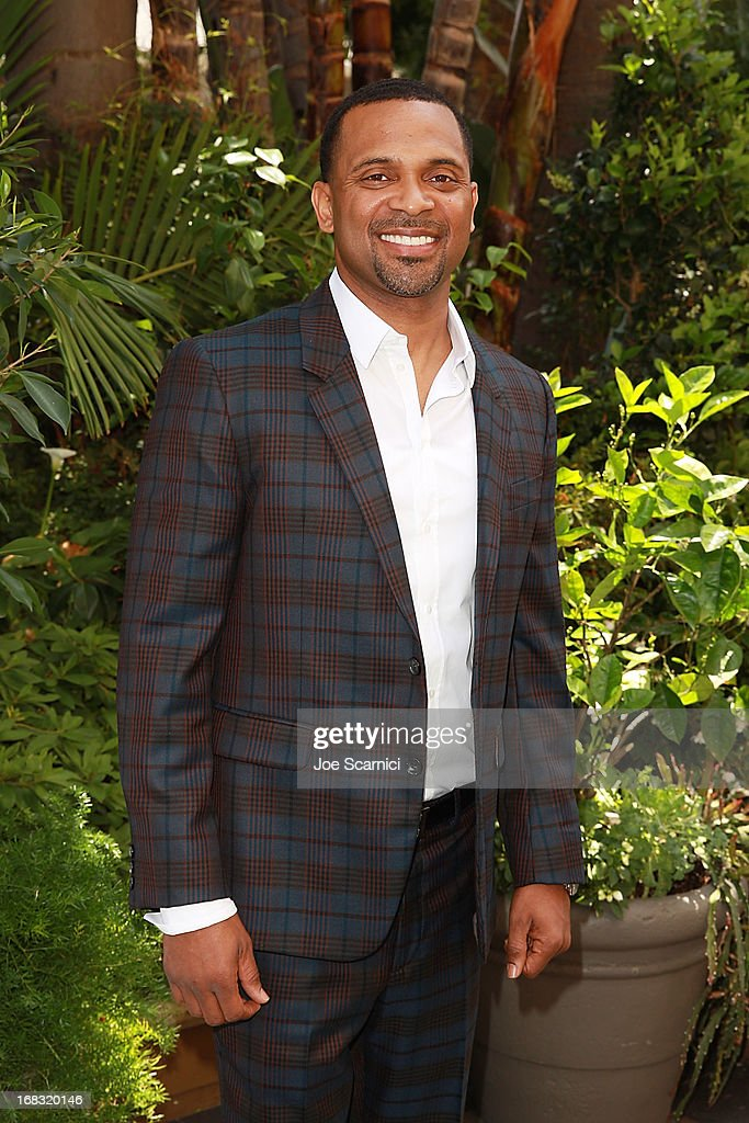 Actor <a gi-track='captionPersonalityLinkClicked' href=/galleries/search?phrase=Mike+Epps&family=editorial&specificpeople=2137559 ng-click='$event.stopPropagation()'>Mike Epps</a> arrives at ABC's Mother's Day luncheon at Four Seasons hotel Los Angeles at Beverly Hills on May 8, 2013 in Beverly Hills, California.