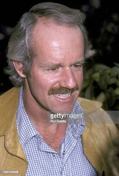 Actor Mike Farrell attends the 'Celebration Signing of the California Bilateral Nuclear Weapons Freeze Initiative' on January 10 1982 at the Home of...