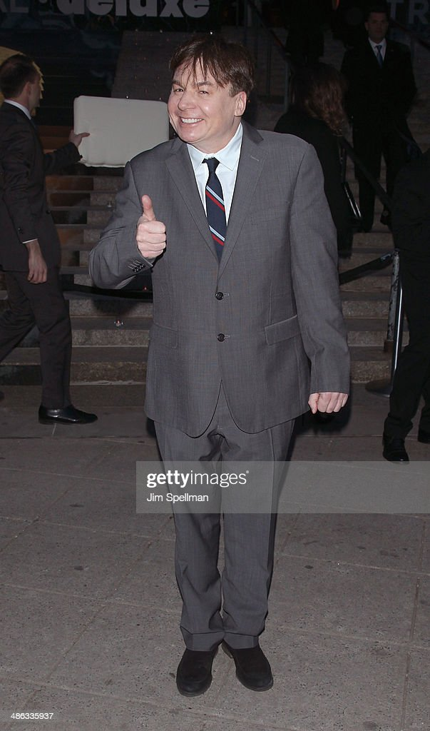 Actor <a gi-track='captionPersonalityLinkClicked' href=/galleries/search?phrase=Mike+Myers+-+Actor&family=editorial&specificpeople=204704 ng-click='$event.stopPropagation()'>Mike Myers</a> attends the Vanity Fair Party during the 2014 Tribeca Film Festival at The State Supreme Courthouse on April 23, 2014 in New York City.