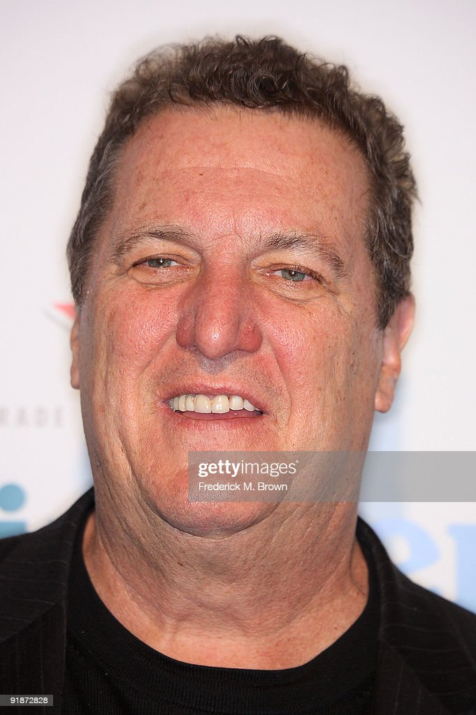 Actor Mike Starr attends the 'Black Dynamite' film premiere at the Arclight Hollywood on October 13, 2009 in Hollywood, California.