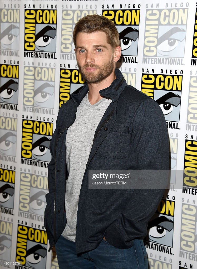 Actor <a gi-track='captionPersonalityLinkClicked' href=/galleries/search?phrase=Mike+Vogel&family=editorial&specificpeople=601802 ng-click='$event.stopPropagation()'>Mike Vogel</a> attends the CBS Television Studios press room during Comic-Con International 2015 at the Hilton Bayfront on July 9, 2015 in San Diego, California.