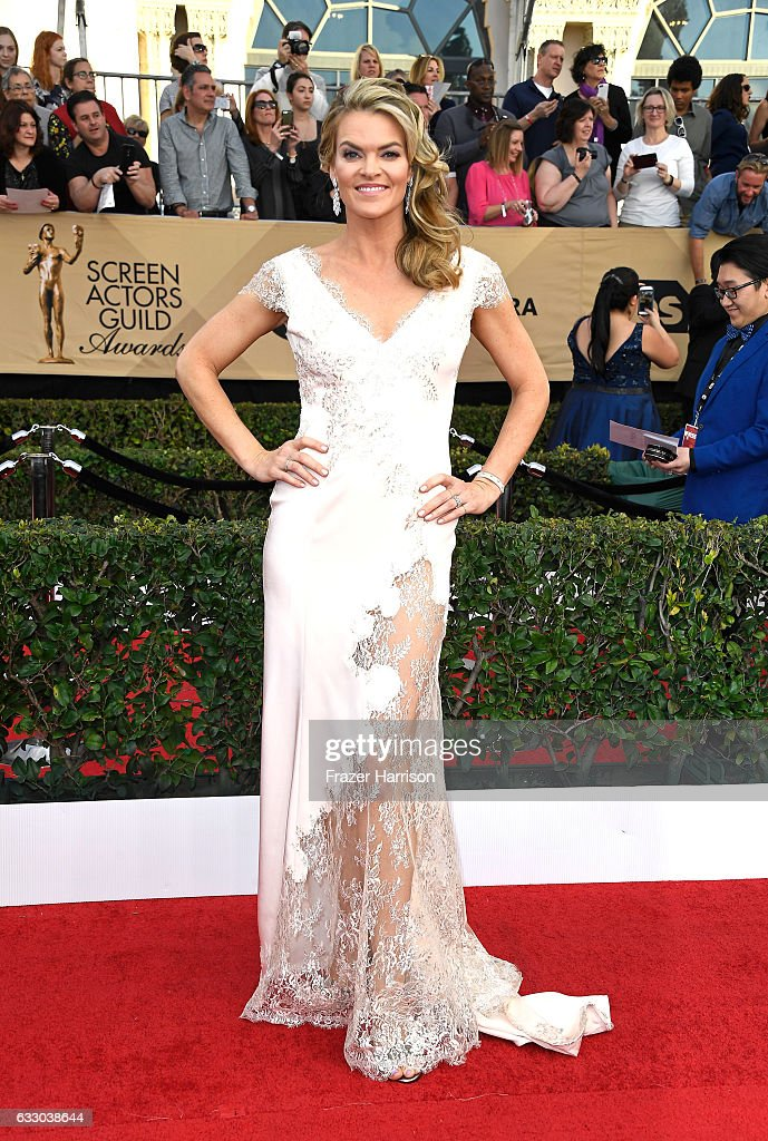 Actor Missi Pyle attends The 23rd Annual Screen Actors Guild Awards at The Shrine Auditorium on January 29, 2017 in Los Angeles, California. 26592_008