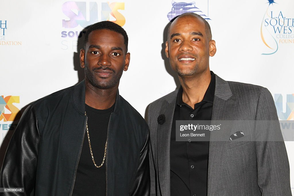 Actor <a gi-track='captionPersonalityLinkClicked' href=/galleries/search?phrase=Mo+McRae&family=editorial&specificpeople=5707411 ng-click='$event.stopPropagation()'>Mo McRae</a> (L) and Karim Webb attends Hollywood Insiders Talk Diversity In Entertainment at L.A. Southwest College Foundation on April 29, 2016 in Los Angeles, California.