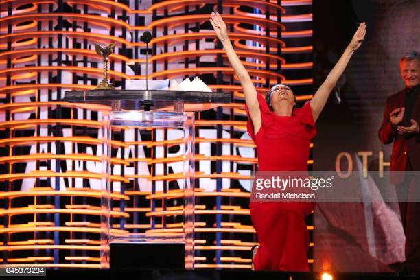 Actor Molly Shannon accepts the Best Supporting Female award for 'Other People' onstage during the 2017 Film Independent Spirit Awards at the Santa...