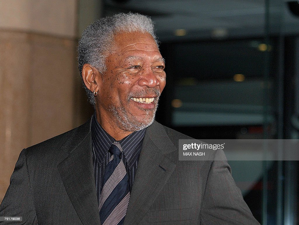US actor Morgan Freeman arrives in London's Leicester Square, 23 January 2008, to attend the British Premiere of his latest film, 'The Bucket List' directed by Rob Reiner. AFP Photo / Max Nash