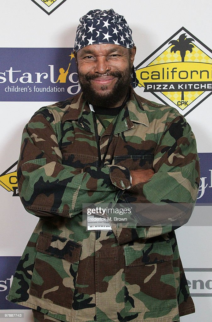 "Starlight Children's Foundation's 2010 ""A Stellar Night"" Gala - Arrivals"