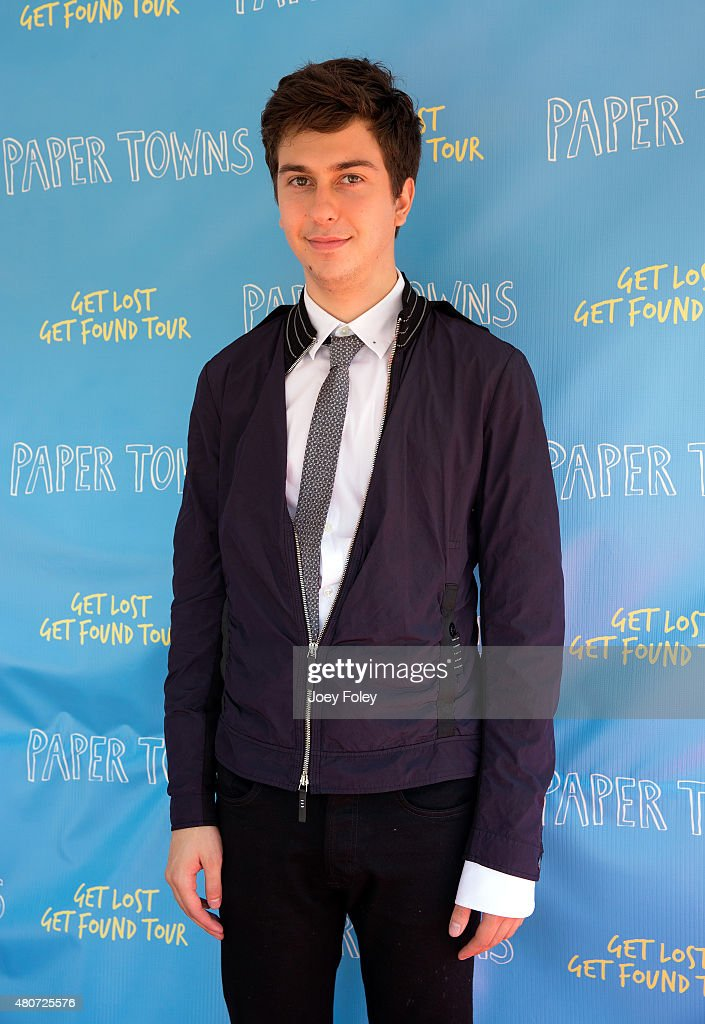 "Get Lost Get Found Tour for ""Paper Towns"" Movie"
