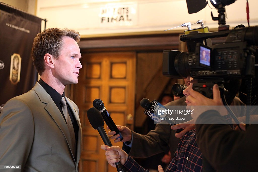 Actor <a gi-track='captionPersonalityLinkClicked' href=/galleries/search?phrase=Neil+Patrick+Harris&family=editorial&specificpeople=210509 ng-click='$event.stopPropagation()'>Neil Patrick Harris</a> attends the Academy Of Magical Arts 45th Annual AMA Awards Show held at the Orpheum Theatre on April 7, 2013 in Los Angeles, California.